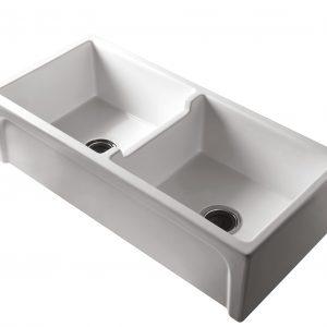 Patri Double Farmhouse Sink
